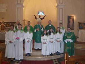 Ministranti s nadbiskupom